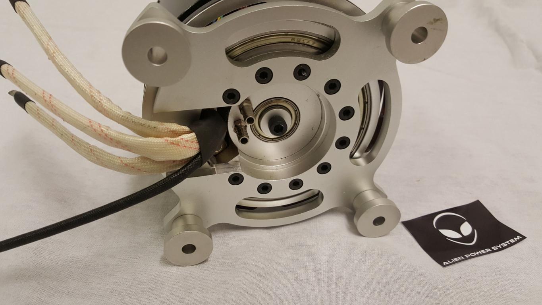 120100 sw sensored outrunner brushless motor 50kv 25000w for Liquid cooled electric motor