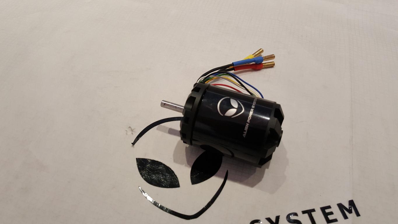 Aps 4260s sensored outrunner brushless motor 300kv 1600w for Are brushless motors better